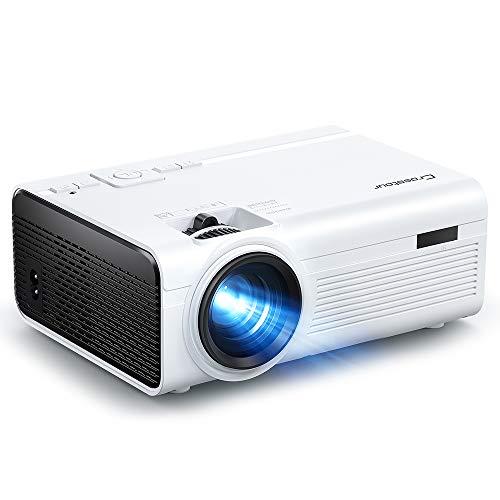 Proyector, Crosstour Mini Proyector Portátil Soporte HD, Cine en Casa con Control Remoto, 55000 Horas Vida, Altavoces Duales Compatible con HDMI USB SD Chromecast PS4 (Cable HDMI/AV Incluido)
